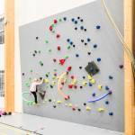 RS Parks lasten kiipeilyseinä climbing wall kiipeilyotteet