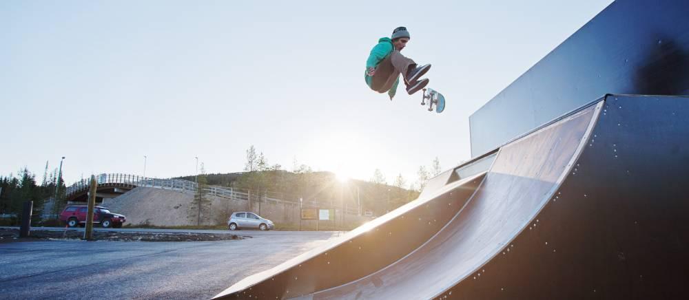 RS Parks skeittiparkki outdoor skate park